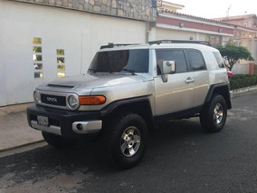 Toyota Fj Cruiser 4x4 - Sincronico