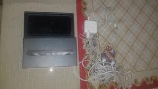 Vendo iPhone 5 Semi Novo 16 Gb De Memoria.