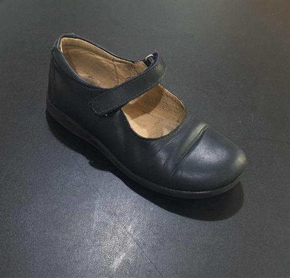 Zapato Escolar Cuero N*32.