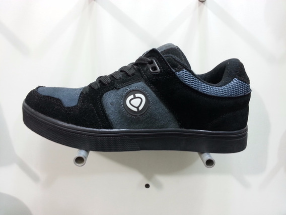 Zapatos Skate Circa Para Caballeros 39-43 Eur