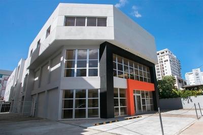 Edificio Comercial Y De Oficina En Piantini Listo Para Uso