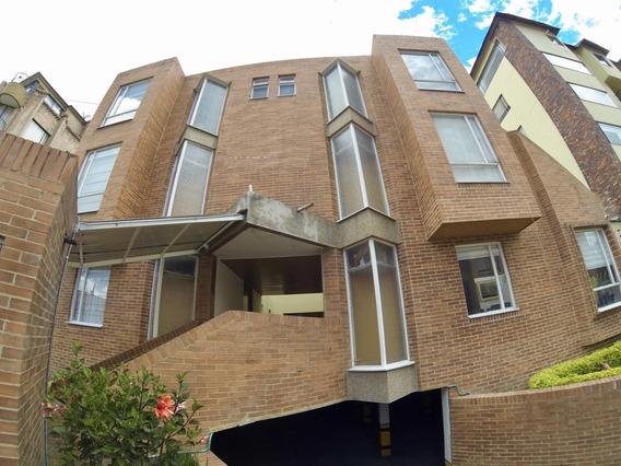 Casa Tipo Townhouse En Venta Cedritos Usaquen Mls 20-121