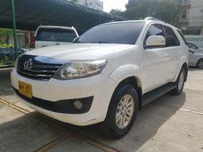 2013 Toyota Fortuner Motor 2.7 Gas Blanco 5 Puertas