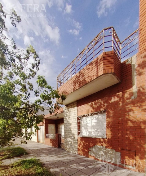 Venta De Casa 3 Ambientes Con Jardín En Wilde (26228)