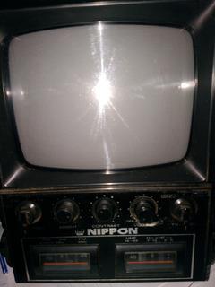 Tv + Radio Portatil Vintage Nippon-funcionando!