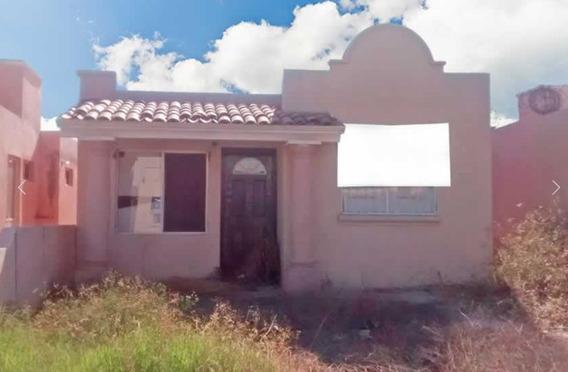 Casa De Un Piso En Villas De Cortes, La Paz
