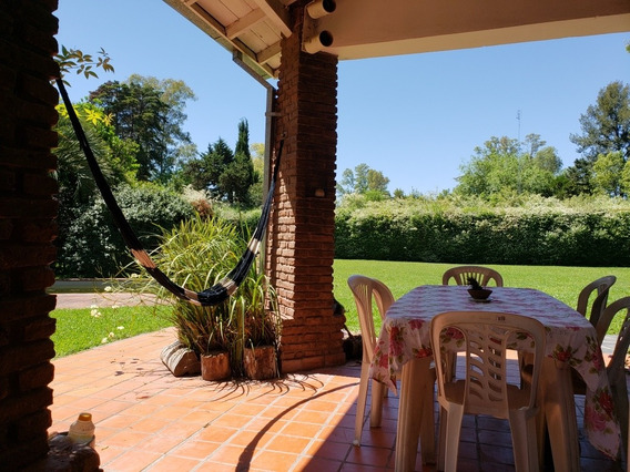 Excelente Casa Quinta Familiar..! Anticipo Y Cuotas!!