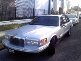 Lincoln Town Car 94