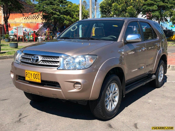 Toyota Fortuner Sr5 2700icc At 4x2 7psj Aa Fe