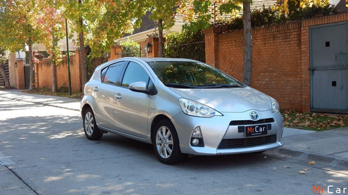 Toyota Prius C Hybrid 2013