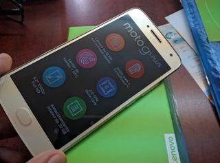 Motorola G5 Plus.dorado. Libre. $5499.
