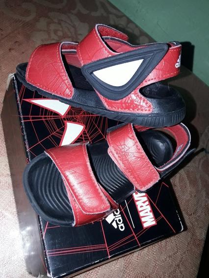 Vendo Sandalia adidas Spiderman