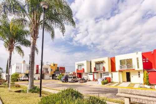 Casa En Valle De Las Flores, Tlajomulco, Jal.