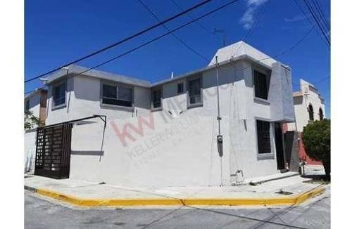 Casa Residencial En Venta Col. Rincon De Casa Blanca, San Nicolas De Los Garza, N. L.