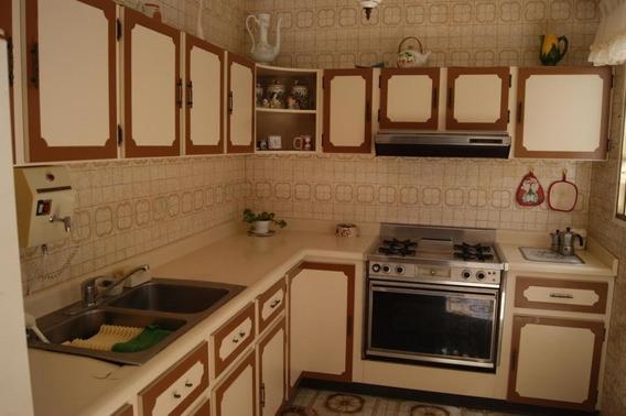 Casa En Venta El Paraíso Gina Briceño 20-14190