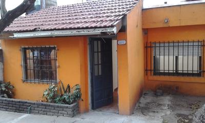 Casa 4 Amb -posesion C/ Adel De U$s15000 Y Saldo A Financiar