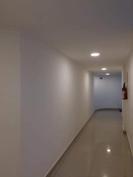 Apartamento Com 3 Quartos Para Comprar No Manoel Valinhas Em Divinópolis/mg - 5010