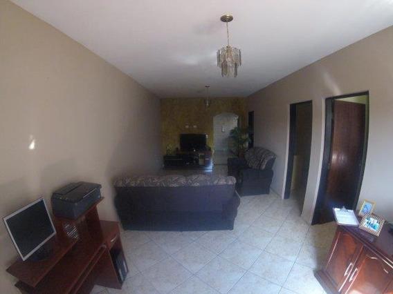 Casa De 3 Dormitórios,4 Vagas,no Jd.primavera - Ca0004