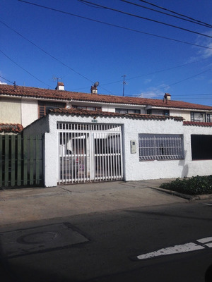 Casas En Venta Cedritos 642-4330