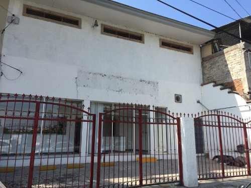 Local En Renta En Col. Constitución