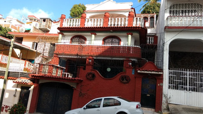Hermosa Y Amplia Casa Tipo Colonial Con Alberca