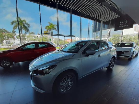 Mazda 2 Sedan Touring