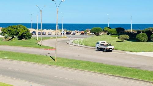 Playa Brava - 2 Dormitorios Fte Al Mar- Ref: 23931