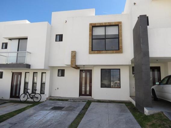 Casa En Renta En Zibata, El Marques, Rah-mx-20-1501