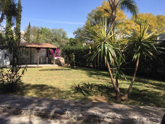 Sms/ Casa Amueblada En Colinas Del Bosque