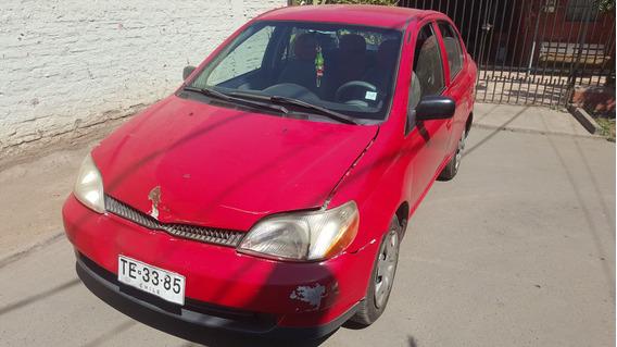 Toyota Yaris 1.5 2001 Sedan Full Con Velocimetro Digital