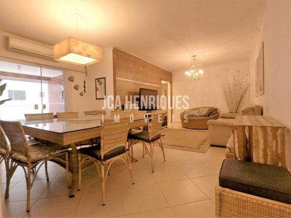 Apartamento 3 Dormitórios - Vista De Frente Mar - V88