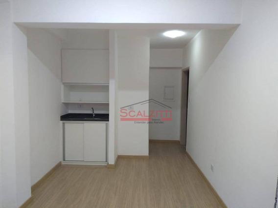 Conjunto Para Alugar, 31 M² Por R$ 850,00/mês - Centro - São Paulo/sp - Cj0595