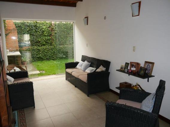 Casa En Venta Este Barquisimeto 20-2872 F&m