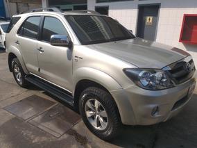 Toyota Fortuner 4x4 Tailandesa