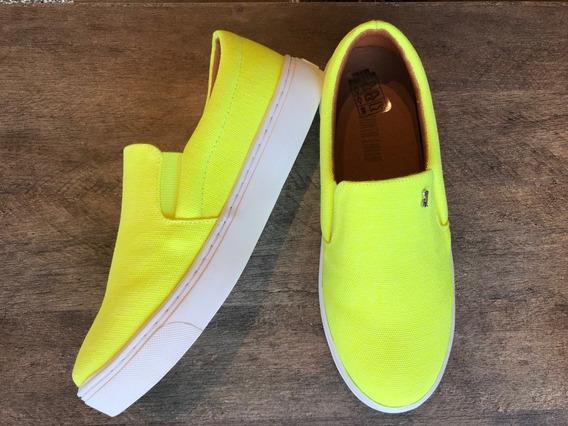 Tênis Slip On Amarelo Neon Santa Lolla 38