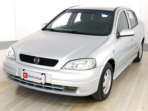 Chevrolet Astra 1.8 Mpfi Millenium Ii Sedan 8v Gasolina...