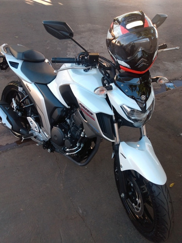 Imagem 1 de 11 de Yamaha Fazer 250