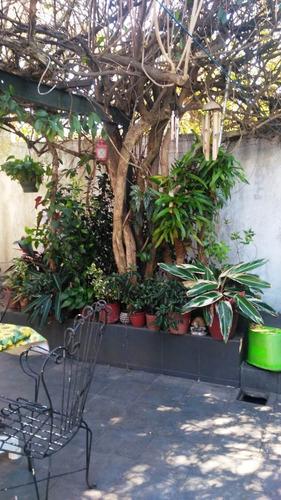 Casa 3 Dormitorios, Fondo, Garage En Capurro