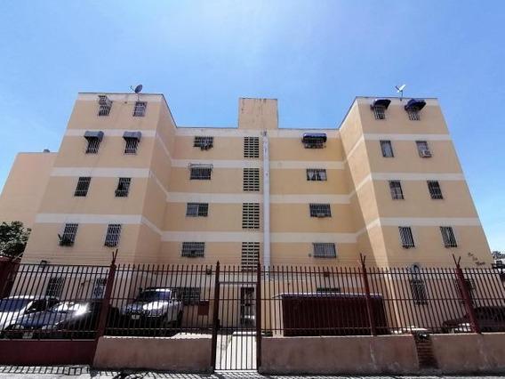 Apartamentos En Venta En Zona Oeste Rg 20-18362