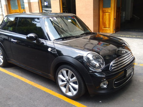 Mini Cooper 1.6 All Black 6vel Aa Mt
