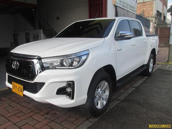 Toyota Hilux Sr-v
