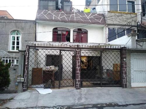 Casa Sola En Renta En Lomas Estrella, Iztapalapa, Distrito Federal