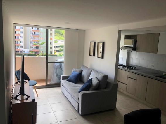 Apartamentos 3 Habitaciones, 2 Baños, Parqueadero, Cuarto U