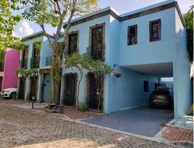 Se Renta Casa En Privada Castellot