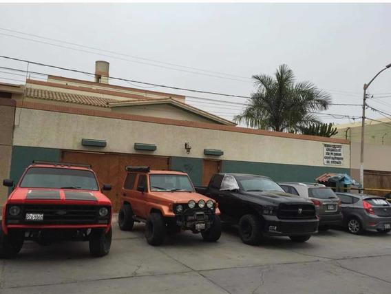 Alquilo Casa De 3 Pisos Santa Victoria Chiclayo