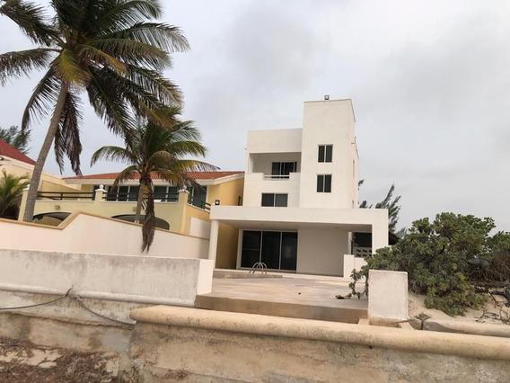 Casa En Venta En Chicxulub Puerto, Yucatan