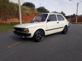 Fiat 147 .