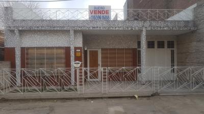 Excelente Casa De 3 Dormitorios. Apta Crédito Bancario.