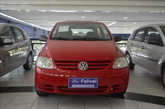 Volkswagen Fox City 1.0 8v 2p Flex
