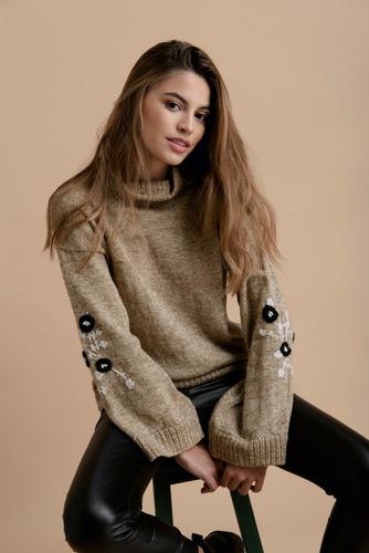 Imagen 1 de 4 de Sweater Tejido, Sweater Bordado